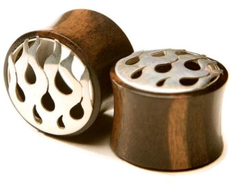 """Ebony Wood Eyelets With Silver """"Flame"""" 3/4"""" (19mm)"""