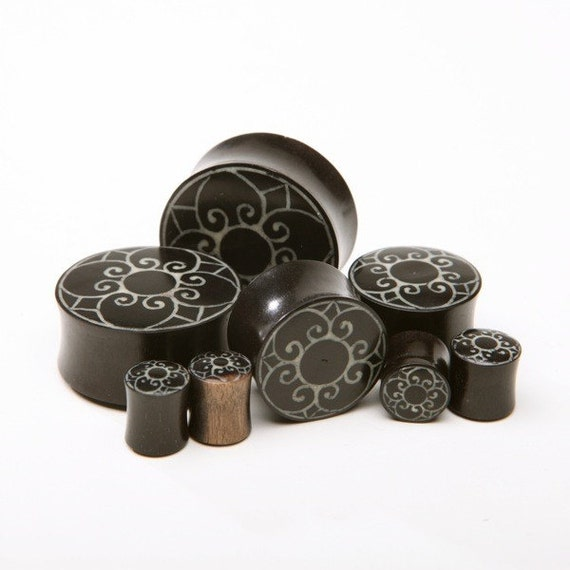 "7/16"" (11mm), 1/2"" (13mm), 9/16"" (14.5mm),  5/8"" (16mm) Ebony Wood Plugs with Inlayed Flower"