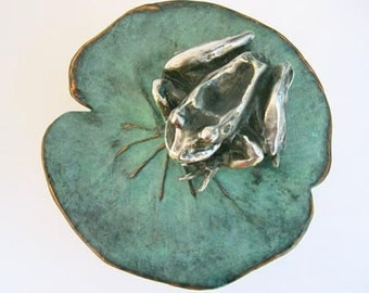 Frog on Lily Pad Sculpture