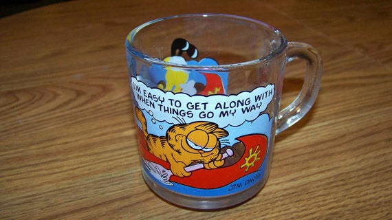 Vintage 1978 Garfield and Odie Glass Mug -Excellent Condition-