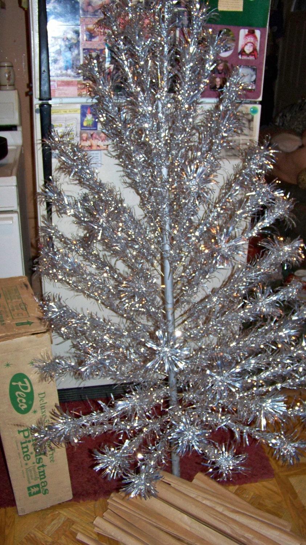 Vintage Silver Aluminum Christmas Tree In Original Box 5