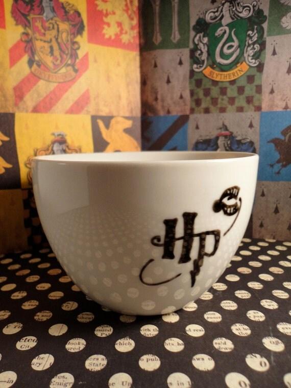 Vintage HP Logo Grim Teacup from Harry Potter and the Prisoner of Azkaban