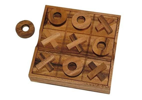 Travel tic tac toe Wooden toy chest Wooden by siamcollection