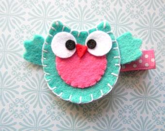 Turquoise Owl Felt Clip
