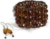 Topaz Color Beaded cuff & Earring Set - Shades of Topaz Glass Beaded Elastic Stretch Bracelet - Handmade  (B26)