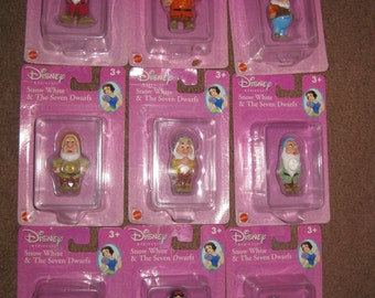 1980's Snow White and the Seven Dwarfs pvc Figures new set of 9