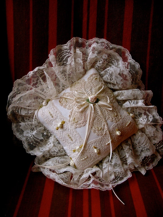 Beautiful Vintage Ivory Pearl Lace Ring Bearer Pillow