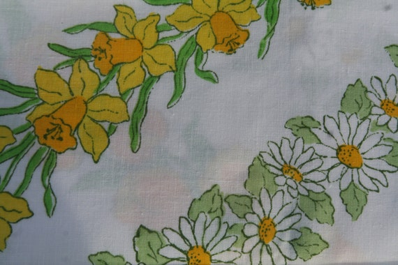 Vintage Sheet Fat Quarter- Pretty Yellow flowers fabric