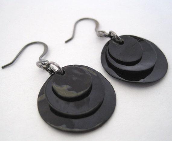 Circles - Onyx Earrings Black Shell Dangle