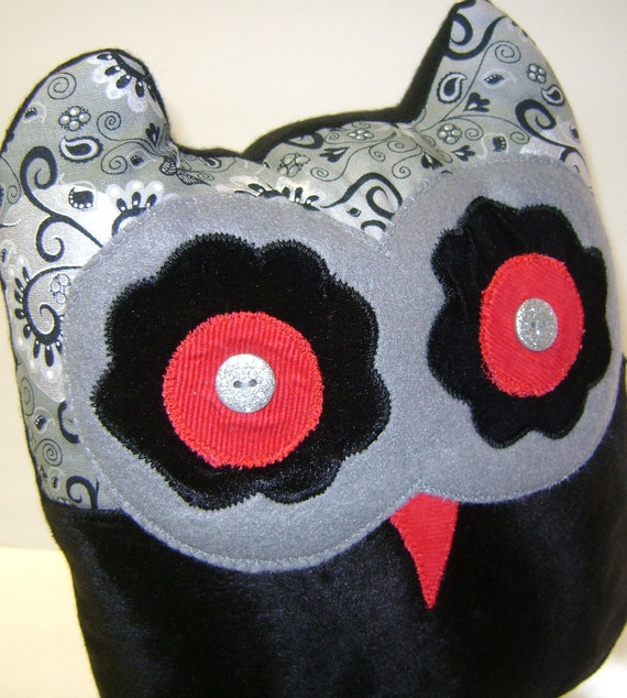 Owl Throw Pillow Etsy : Handmade Decorative Owl Pillow by kalenescustomgifts on Etsy