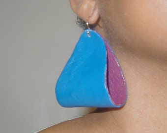 Leather earrings, two toned.