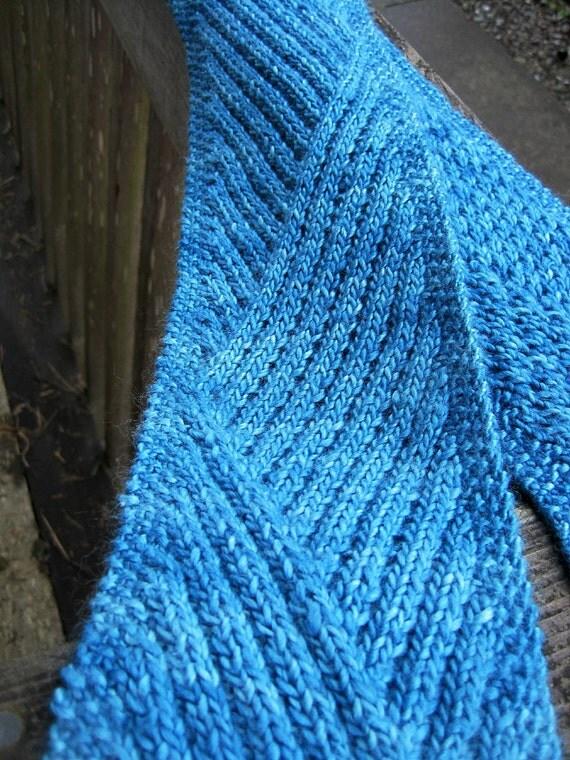 lunaRock Scarf Knitting Pattern by jErinKnits on Etsy