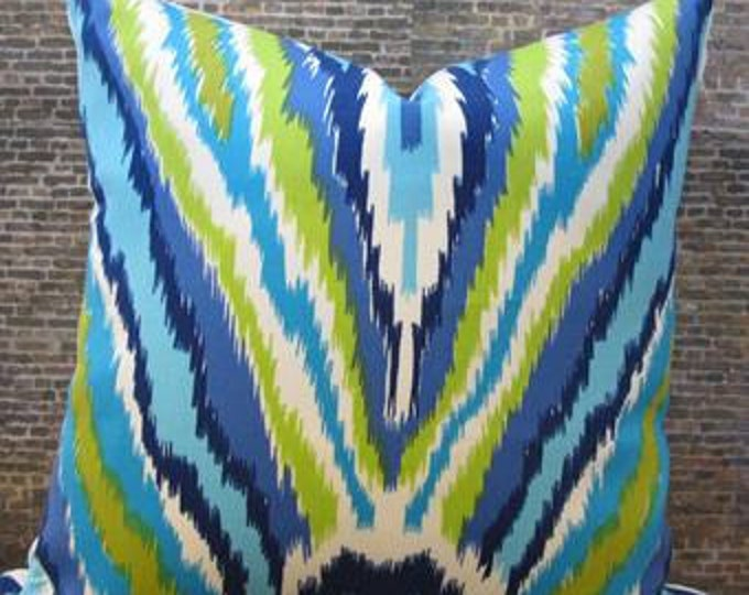 Trina Turk Outdoor Designer Pillow Cover - 16 x 16 - Peacock Pool
