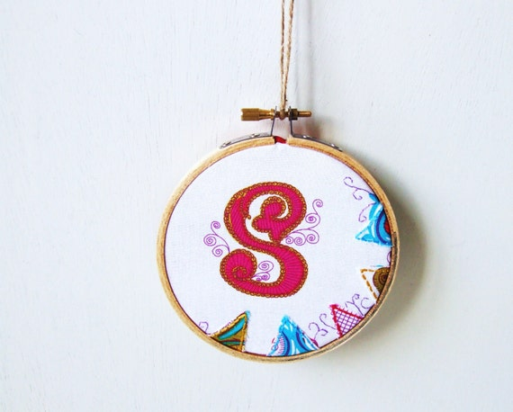 letter S embroidery hoop