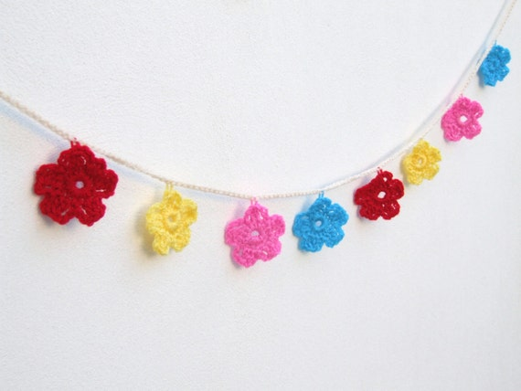 Crochet flower garland bunting