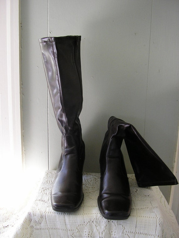 vintage Chocolate Brown Ladies Faux leather Tall Fashion Boots / size 8 1/2 M
