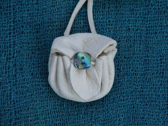 Just a Simple Round Medicine Bag by Pluct with an Abalone Button, Medicine Pouch, Amulet Bag, Leather Necklace