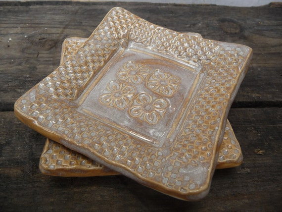 Trinket Dishes with Flowers - Set of 2 in Sepia