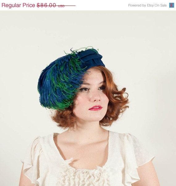 sale / vintage 1960s hat / feather hat / Rainforest