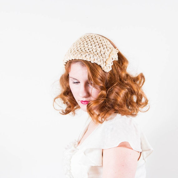 vintage 1950s hat / fascinator / Sweet Cream