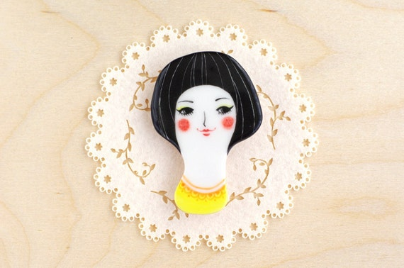 minini hand painted porcelain brooch pin unique jewelry by min lee 12029