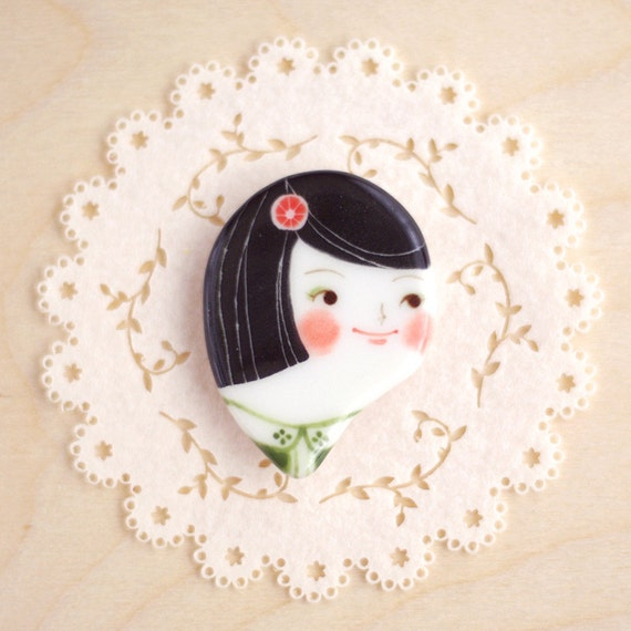 minini hand painted porcelain brooch pin or magnet by min lee 12055