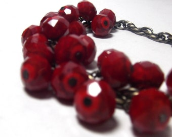 Holiday jewelry - Red Berries Charm Bracelet Berry Garland For Your Wrist