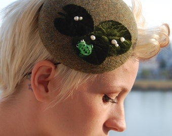 Cocktail hat lilypad day dreams green tweed and frog hat
