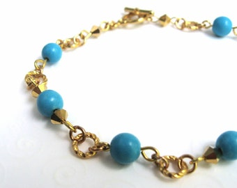 Bracelet, Robin Egg Blue Turquoise Beaded Bracelet in Gold Tone, Blue Turquoise Bead Bracelet, Dainty Fashion Jewelry