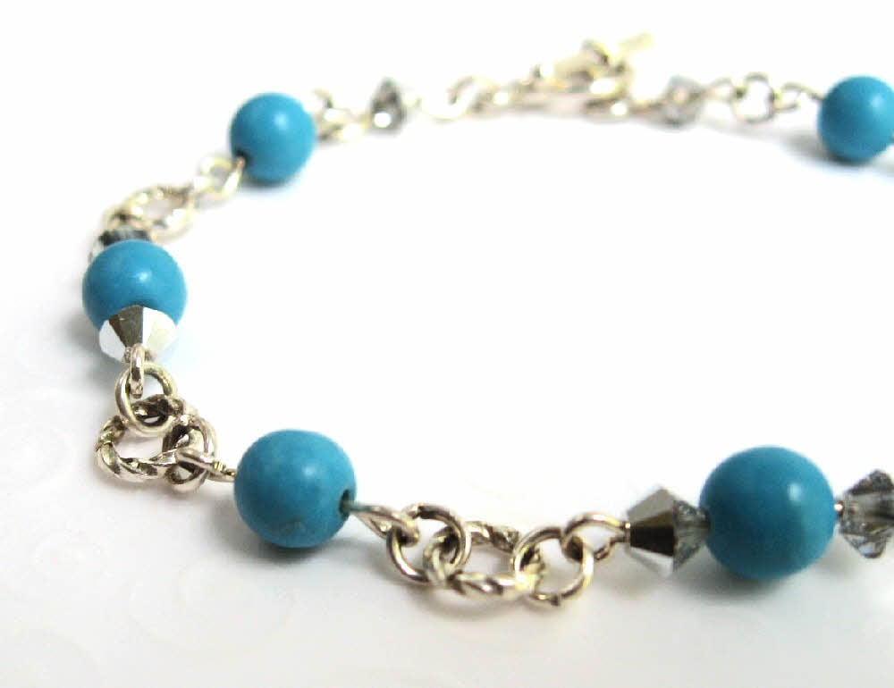 small turquoise bracelet simple beaded bracelet with robin