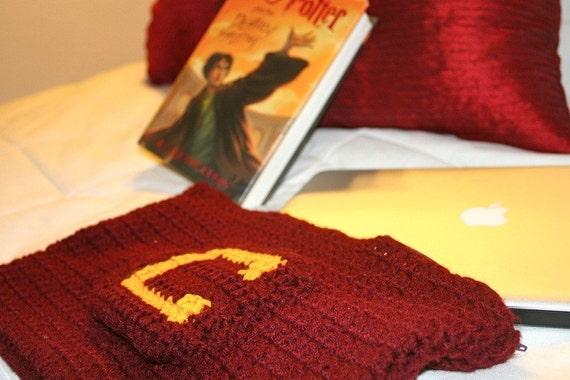 Mrs. Weasley's Knitted Laptop Sleeves