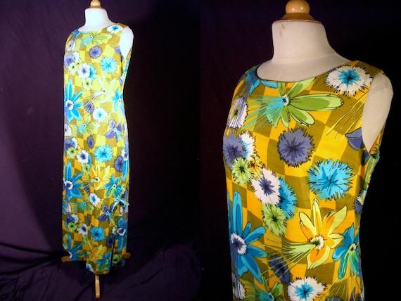 Vintage 1960s Dress - South Seas Hawaiian Sheath Maxi - Vibrant Tiki Print - For Size Large Tiki Temptresses