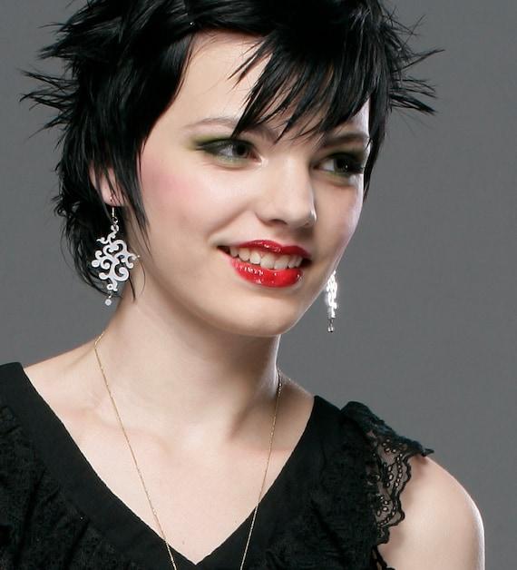 Statement earrings, Graduation gift, White Victorian style dangling earrings, plexiglass earrings, bridal jewelery, wedding jewelry