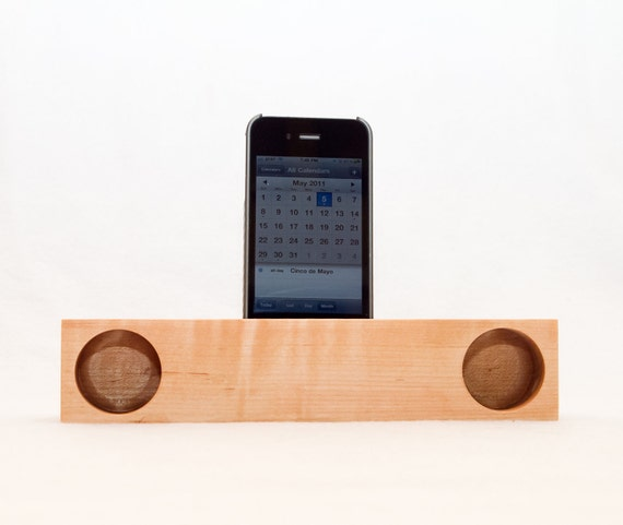 iPhone Acoustic Speaker (maple)