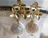 Set of Seven Bridesmaid Earrings - Matte Gold Hydrangea Blossoms and Coin Pearl Earrings - Post Stud Earrings - Bridesmaid Jewelry