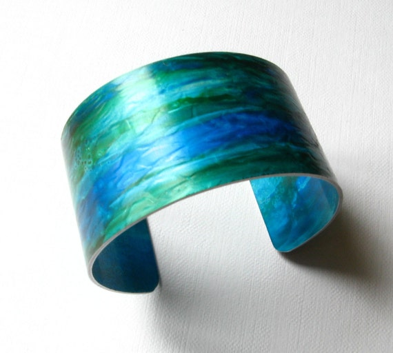 Aluminium cuff bangle, handpainted bracelet, textured, hand painted turquoise / green