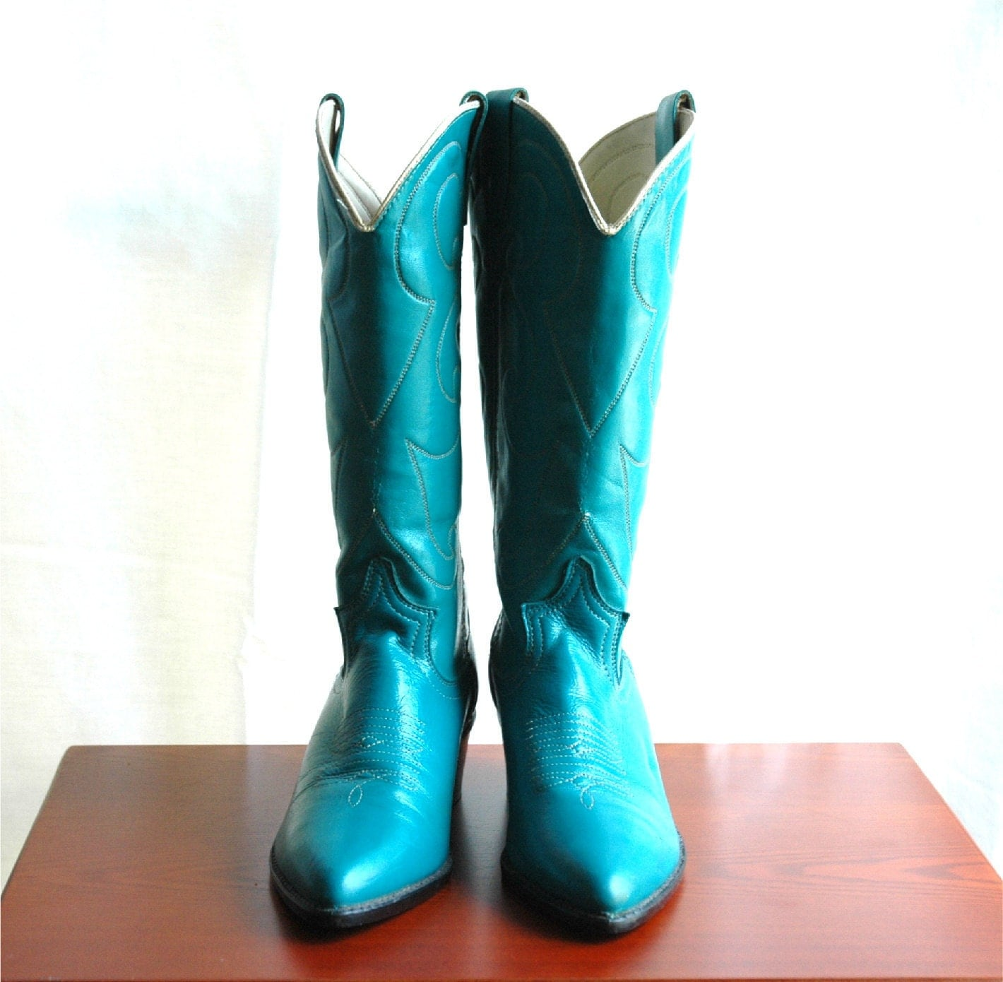 vintage turquoise leather cowboy boots by beautifulandvintage