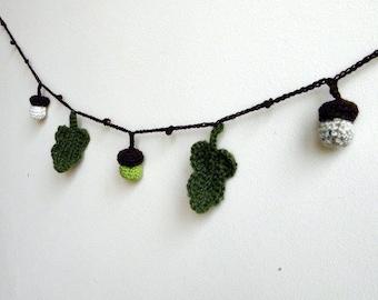 Crochet pattern , Acorn garland, holiday decoration, crochet ornaments , woodland lariat, baby shower,  DIY photo tutorial Thanksgiving