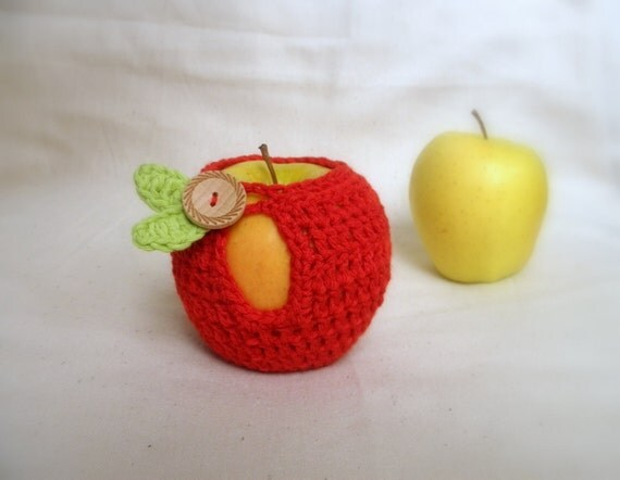 PDF crochet PATTERN , Apple cozy,  lunch bag, kids, office, DIY photo tutorial, Instant download, eco friendly teacher's gift