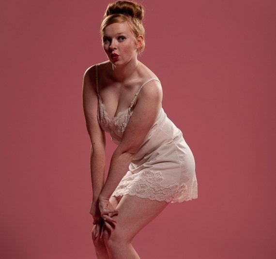 Vintage 1960s White Full Slip Lingerie Wonder Maid Lace