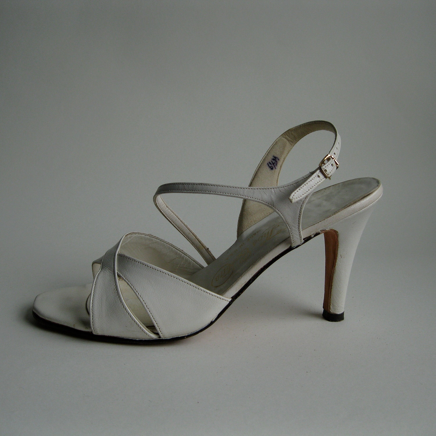 Vintage 1970s White Wedding Shoes High Heel Sandal Bridal