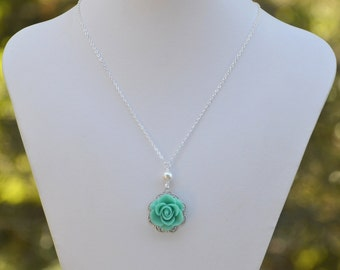 Custom Bridesmaid Necklace - Classic Rose and Pearl Necklace - Custom Bridal Jewelry - Choose Rose and Pearl Colors