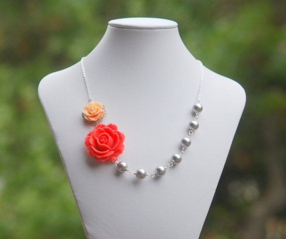Bridesmaids Jewelry. Coral Rose and Peach Rose Asymmetrical Necklace with Large Grey Swarovski Pearls. Bridesmaid Gifts Jewelry Set.