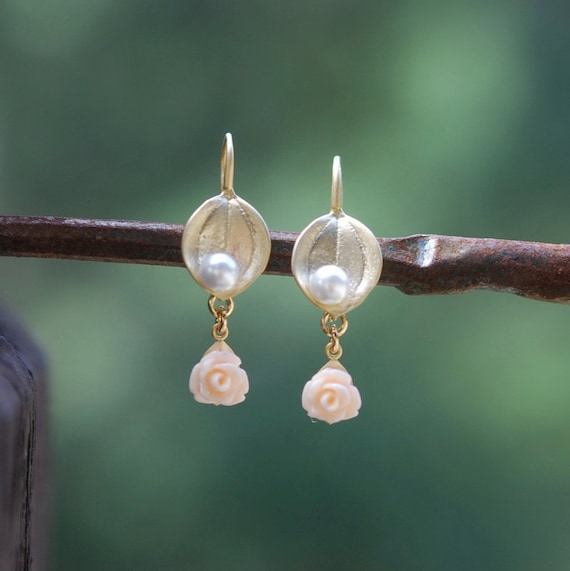 Matte Gold Leaf Pink Rose and Pearl Dangle Earrings