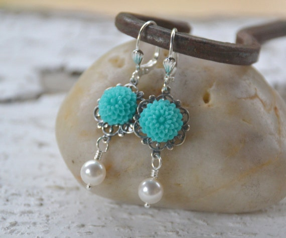 Bridesmaid Earrings.  Turquoise Mum Flower and White Swarovski Pearl Earrings.  Bridal Party Jewelry.