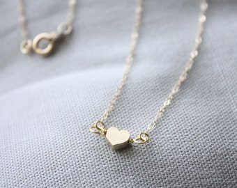 Sweetheart necklace in gold