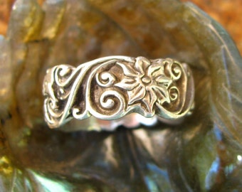 Silver Floral Ring or Wedding Ring with Flowers and Swirls Size 6 Nature Inspired,