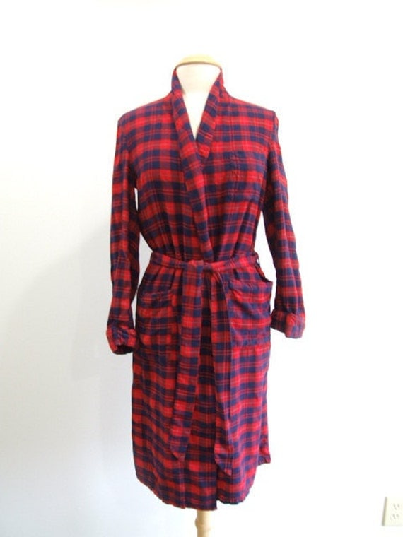 Vintage Plaid Flannel Robe In Red S M