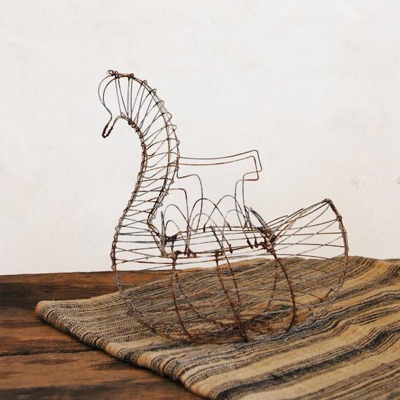 Vintage Wire Egg Basket // Ugly Duckling