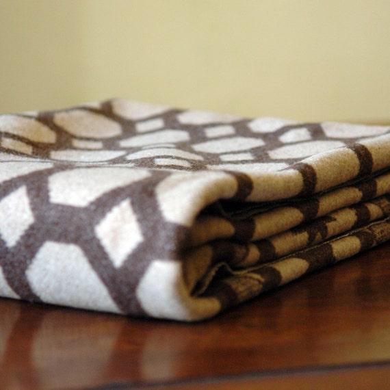 1930s Vintage Wool Blanket // The Honeycomb